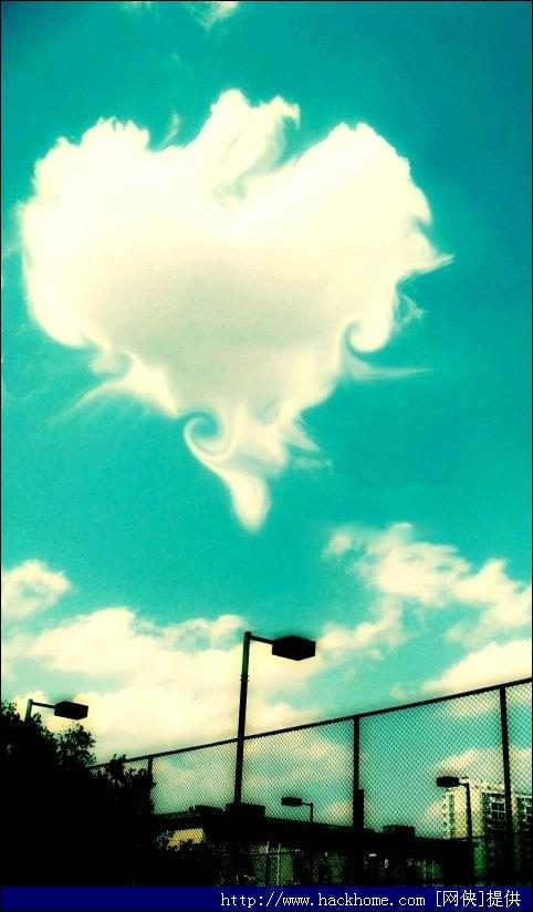 蓝天桃心云非主流壁纸 480*800图片