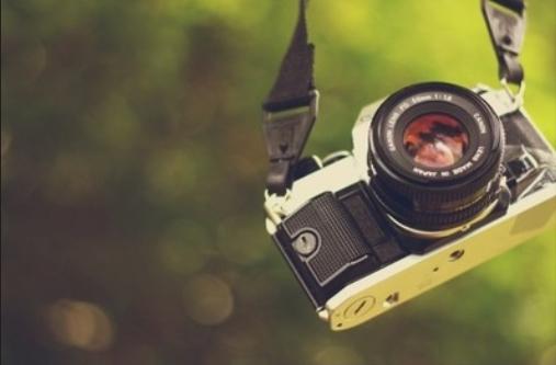 手�C照相�件